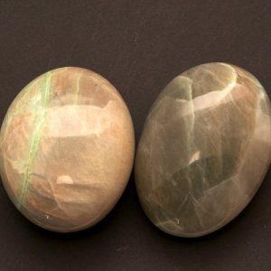 Groene Maansteen Knuffelsteen Groot