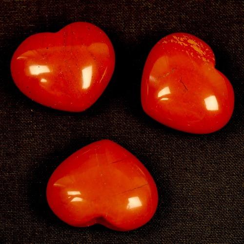 Rode jaspis hartje van 25mm breed